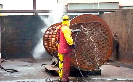 Maquina para limpeza de tubos de caldeira