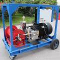 Máquina de hidrojateamento de alta pressão